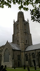 St Mary's - Yatton (Gareth Wonfor (TempusVolat)) Tags: yatton st marys church tower pepper pot nokia n8 spire grass mrmorodo gareth tempusvolat tempus volat flickr getty interesting image picture gw nokian8 cameraphone nseries mobilephone mobile phone wideangle 12mp 28mm f28 carlzeiss zeiss nokianseries geotagged garethwonfor mr morodo wonfor