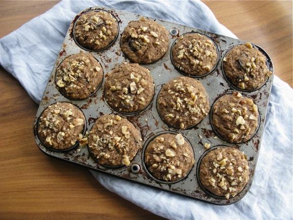 ricotta banana walnut muffins 001