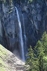 Pochtenfall ( Wasserfall - Waterfall ) der Suld - Suldbach ( Bach - Bergbach - Creek ) im Suldtal im Berner Oberland im Kanton Bern in der Schweiz (chrchr_75) Tags: creek schweiz switzerland waterfall suisse wasserfall swiss bach mai swizterland 1105 bern slap christoph svizzera cascade berne berna cascada   waterval suissa  2011 vattenfall vodopd kanton chrigu wodospad vandfald kantonbern bergbach brn chrchr hurni chrchr75 chriguhurni albumwasserflle mai2011 chriguhurnibluemailch albumwasserfllewaterfallsderschweiz albumzzz201105mai