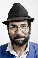 Rrettrato No32 (Jesús Gutiérrez Gómez) Tags: portrait digital canon project persona eos rebel colombia personal retrato retratos jesús xsi medellín personaje proyecto gómez gutiérrez rretrato