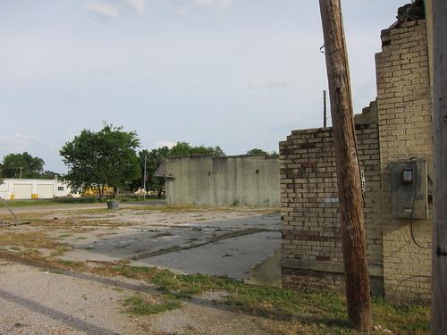 Dead building in Parkin