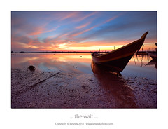 ... the wait ... (liewwk - www.liewwkphoto.com) Tags: ocean sunset sun water set canon landscape coast seaside sand view dusk salt surface lee sarawak malaysia beast filters batu tanjung mii bintulu mark2  tanjungbatu gnd 6s 1635l  gnd4 leefilter graduatedneutraldensity 5dmark2 canon5dm2 liewwk httpliewwkmacroblogspotcom wwwliewwkphotocom  wwwliewwkphotocomblog