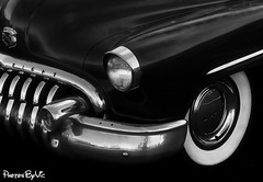 Buick Chrome (Photos By Vic) Tags: old classic vintage buick gm antique bumper chrome hood headlight carart