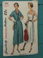 Simplicity 3194 (kittee) Tags: vintagesewing vintagepattern simplicity simplicity3194 scallops dress sundress bolero size1412 bust33 nodate 3194 kim 1950s