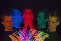 Ohw, we are in colour! (Scor-pio) Tags: blue red orange colour green yellow flash together kasper fotoacademie d700