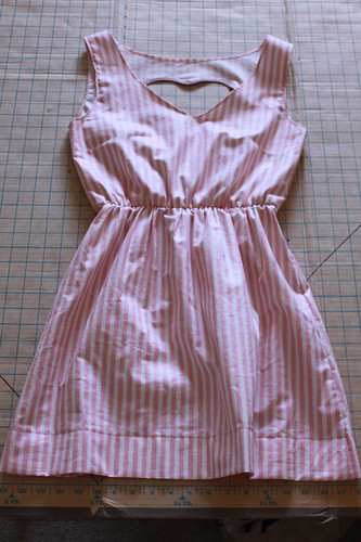 open_heart_dress_stripe_1