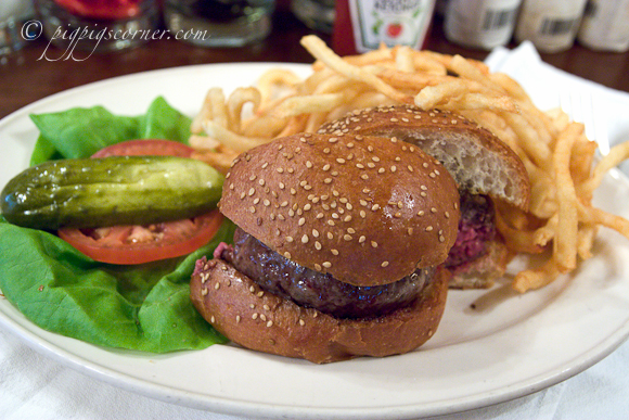 Minetta Tavern - black label burger