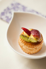 Pasticcino (GiulzCastellani) Tags: food strawberry foodporn kiwi grape