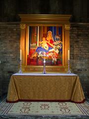 lady chapel: Blessed Virgin and child (Simon_K) Tags: christmas xmas city london church great churches holy wren smithfield nativity stbarts hawksmoor cityoflondon avemaria bartholomew hailmary squaremile greaterlondon citychurches