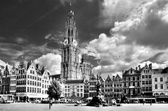 Antwerpen (Habub3) Tags: street city travel bw panorama white holiday black building blancoynegro architecture clouds buildings reisen nikon europa europe cityscape belgium urlaub wolken stadt architektur schwarz hdr antwerpen vacanze streetview 2012 belgien hous d300 weis habub3 mygearandme
