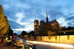 DSC_1140 (ppeng@yahoo) Tags: paris france seine night notredame laseine 法國 巴黎 d90 聖母院 塞納河