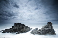 Against the element (Descliks2bretagne PHOTOGRAPHIE) Tags: ocean longexposure sea sky mer seascape france nature rock canon french brittany bretagne breizh ciel filter paysage hitech rocher filtre quiberon canonefs1022mmf3545usm naturesfinest cotesauvage poselongue portblanc 450d pointedupercho hoyand400 descliks2bretagne ledilhuitnicolas nd12hardgrad