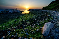 Nous sommes du Soleil (Mario Ottaviani Photography) Tags: sony sonyalpha sea seascape dawn alba italy italia paesaggio landscape travel adventure nature scenic exploration view vista breathtaking tranquil tranquility serene serenity calm walking soleil sole rocce rocks shore beach mare