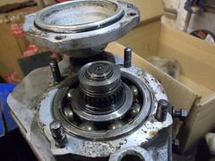 Mainshaft bearing (37114) Tags: fairey overdrive land rover bearing