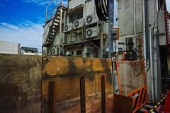 20160930_DP0Q5737 (NAMARA EXPRESS) Tags: street house wall fine outdoor color foveonclassicblue toyonaka osaka japan foveon sigma dp0 quattro wide ultrawide superwide namaraexp