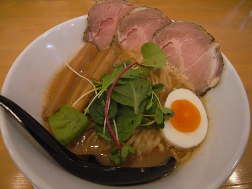 丁寧に作った自家製全粒粉麺『麺人ばろむ庵』@奈良市