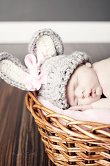 Ruby {11 days new} 3 (mrsm_jones) Tags: lighting old pink sleeping portrait baby rabbit bunny home 35mm canon studio easter eos perfect day basket flash small alien picture fluffy 11 lips bee tiny blanket newborn ruby neonate b800 400d paulcbuff painthemoon purpleturtlephotography