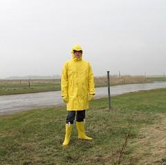 IMG_1876 (Nordsee2011) Tags: boots raincoat rubberboots rainwear gummistiefel rainboots regenjacke regenmantel rainclothes friesennerz ostfriesennerz regenkleidung regenbekleidung weatherwear