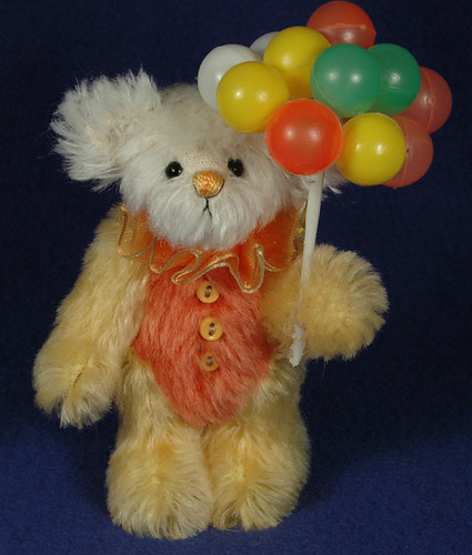 Candy Clown by Laura Lynn - Teddy Bear Artist