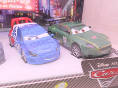 dinsey cars 2 disney store light up racers lightning max raoul nigel (3) (jadafiend) Tags: cars scale kids movie model disney animation lightup collectors adults exclusive theking sets playset disneystore diecast cars2 10car lightningmcqueen lewishamilton 4car siddley dinoco chickhicks rpm64 sidewallshine clutchaid nostall trunkfresh easyidle transberryjuice finnmcmissle raoulcaroule jeffgorvette maxschnell nigelgearsley miguelcamino spyshootout