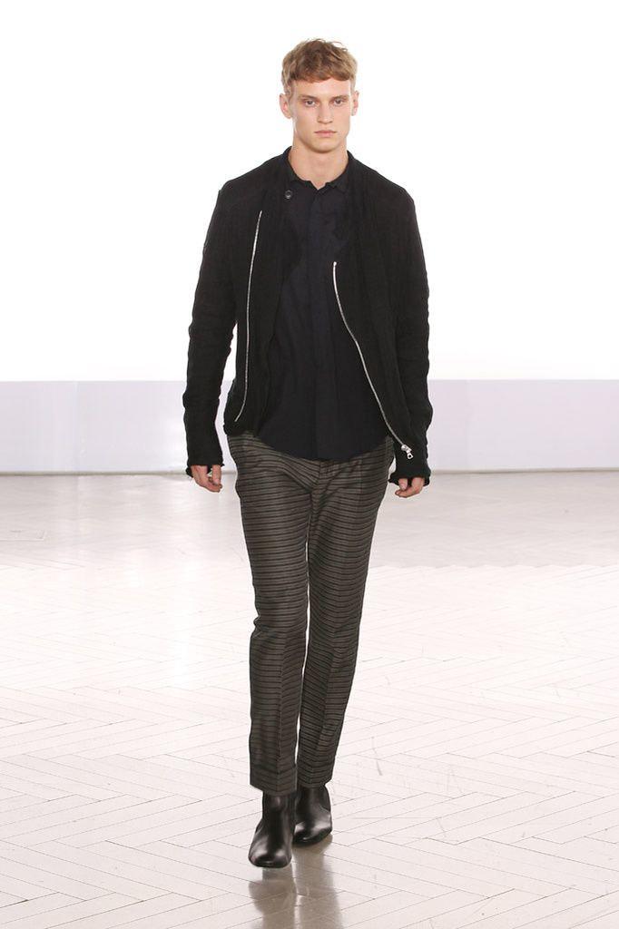 Alexander Johansson3331_Paris Cerruti(Homme Model)