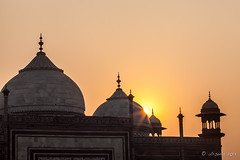 Taj Sunrise 2210 (Ursula in Aus) Tags: india architecture taj tajmahal mosque unesco masjid uttarpradesh earthasia