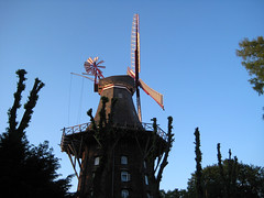 Kaffee Mühle Bremen (Wiebke) Tags: windmill germany mühle bremen kaffeemühle windmillrestaurant
