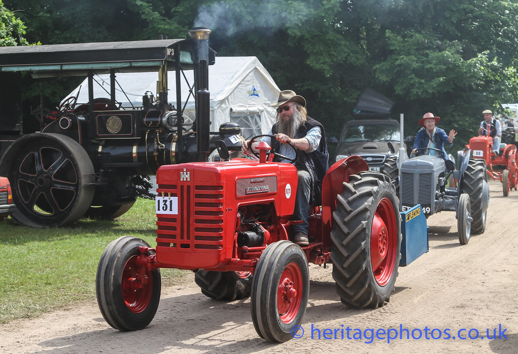 1960 International Tractor : The world s best photos of b and tractor flickr hive mind