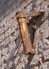 (:Linda:) Tags: brick germany town rust thuringia flagholder hildburghausen fahnenhalter eisfelderstrase