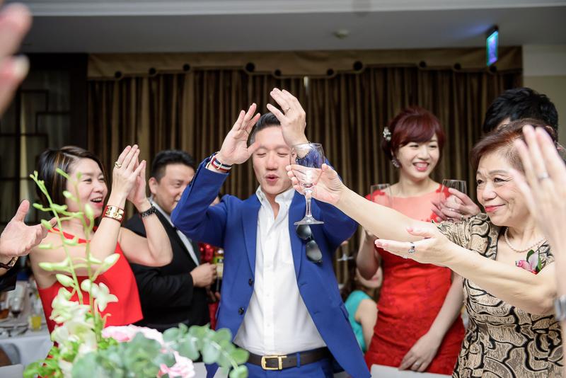 國賓婚攝,台北國賓,國賓飯店婚宴,新秘Miko ,婚攝小勇,台北婚攝, 愛瑞思新娘秘書造型團隊,西敏英國手工婚紗,小寶工作室-075