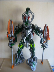 Spinner (Sparkytron) Tags: dark hunter universe bionicle spinner
