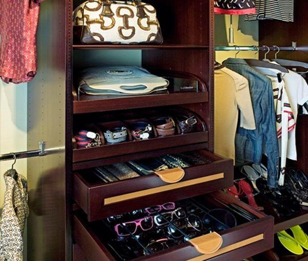 Walk In Closet Pequenos Con Baño: con separaciones en el walk in closet son perfectos para guardarlos