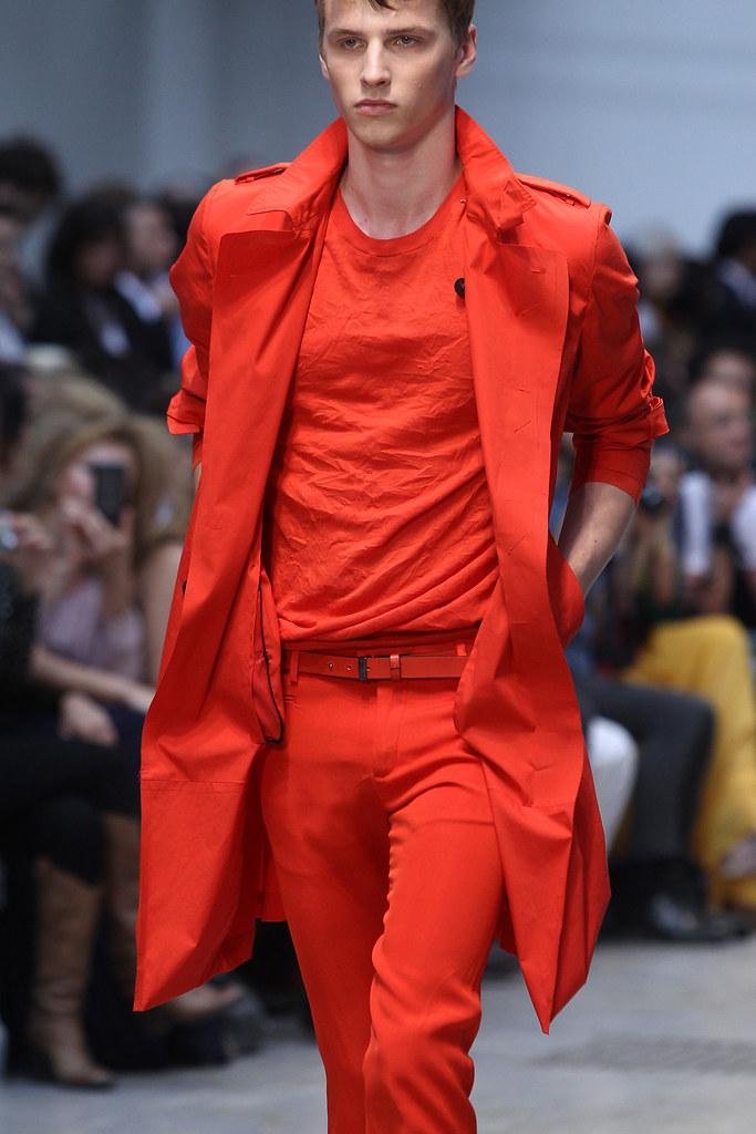 SS12 Milan Costume National Homme047_Oskar Landstrom(VOGUEcom)