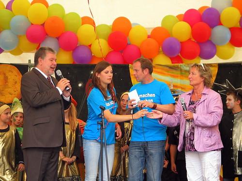 Kurt Beck eröffnet das Rheinland-Pfalz Kinderfest 2011