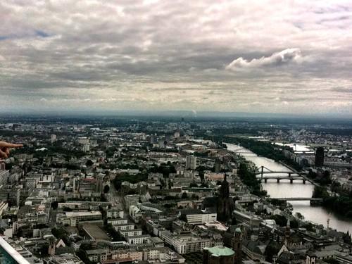 <span>francoforte</span>Vista mozzafiato dalla terrazza panoramica della BCE<br><br><p class='tag'>tag:<br/>francoforte | luoghi | </p>