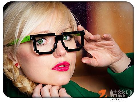 8-bit-glasses-1