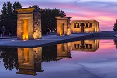 Templo de Debod 1 (.MiguelPU) Tags: templo debod madrid temple espaa spain noche atardece night color azul hora agua water reflejo anochece aire libre arquitectura
