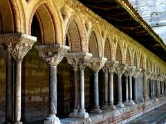 columns and capitals (overthemoon) Tags: france vanishingpoint medieval cloister romanesque middleages colonnade capitals moyenâge moissac cloître midipyrénées chapiteaux imagepoésie