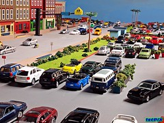 Mystic Beach Diecast Diorama: Keys Blvd. Shopping Center