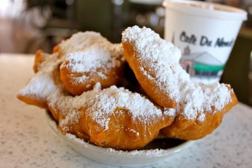Cafe du Monde (New Orleans) - Amateur Gourmet