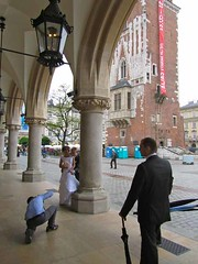 Bride in Rynek Glowny (Old Town Main Square) - Krakow, Poland (waynedunlap) Tags: world old travel square bride town escape main plan poland krakow polish your now rynek gurus glowny unhook unhooknow