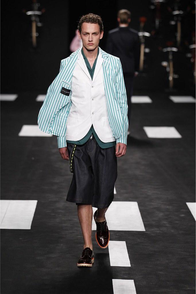 Jakob Hybholt3881_SS12 Milan Frankie Morello(Homme Model)