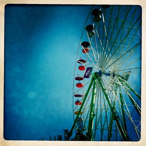 Ferris wheel blue