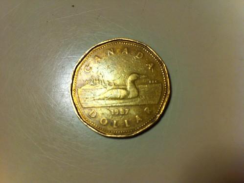 1カナダドル