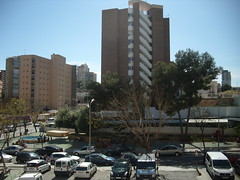 vistas despejadas muy soleado, hacia poniente. Solicite más información a su inmobiliaria de confianza en Benidorm  www.inmobiliariabenidorm.com