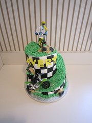 IMG_2270 (Cakes by Danielli) Tags: birthday boy cake dirtbike cakesbydanielli