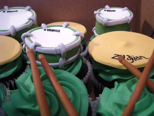Drumkit cupcakes