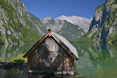 The little boathouse on Lake Obersee (echumachenco) Tags: trees water rock germany bayern deutschland bavaria wasser fels boathouse bootshaus obersee watzmann nationalparkberchtesgaden baume konigssee flickrestrellas nikond3100