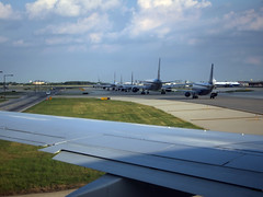 O'Hare Congestion (pokoroto) Tags: summer usa chicago june illinois airport ohare transportation congestion 2012  6  minazuki   rokugatsu monthofwater 24 hareport