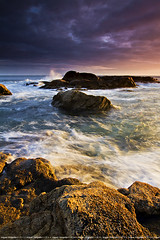 Side light (lmiguel37) Tags: sunset seascape composition sunrise landscape paisagem sidelight newvision elementsofcomposition peregrino27newvision